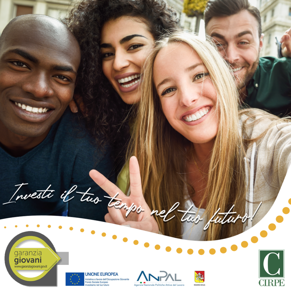 immagine gruppo di ragazzi sorridenti. Immagine simbolo del progetto garanzia giovani